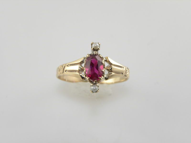 LADIES VINTAGE ART NOUVEAU YELLOW GOLD RUBY RING