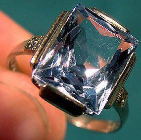 ART DECO 10K WHITE GOLD BLUE TOPAZ RING c1930